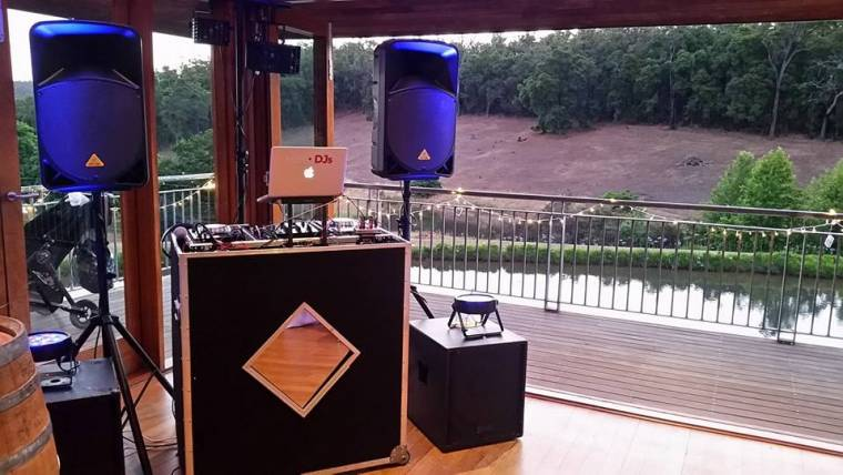 DJ Equipment – The Ins and Outs of Our Set Up